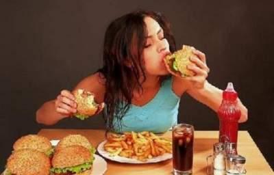 Дерматолог перечислили худшие продукты для здоровья кожи