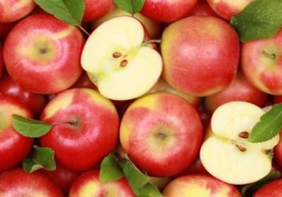 Врачи рассказали, как яблоки влияют на сердце