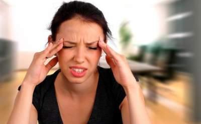Медики назвали семь простых способов борьбы с головной болью